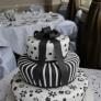 Tort Black & White