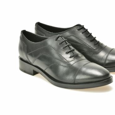 Pantofi negri din piele naturala pentru miri - Geox