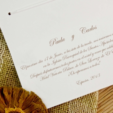 Invitatie de nunta eleganta crem