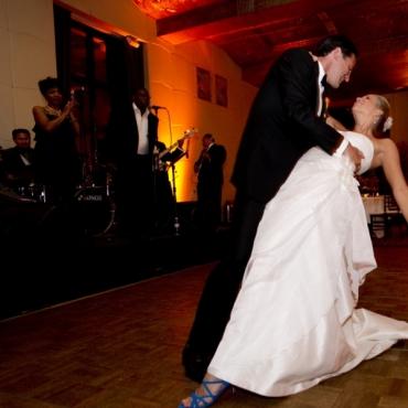 5 lectii HAPPY HOUR* - Dans nunta