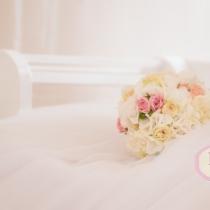 Buchet de mireasa hortensia si bujori