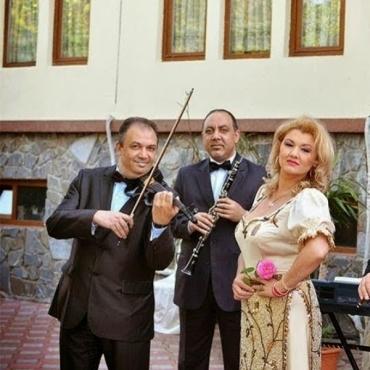 Formatia Simona Tone - Muzica Pentru Nunta Ta